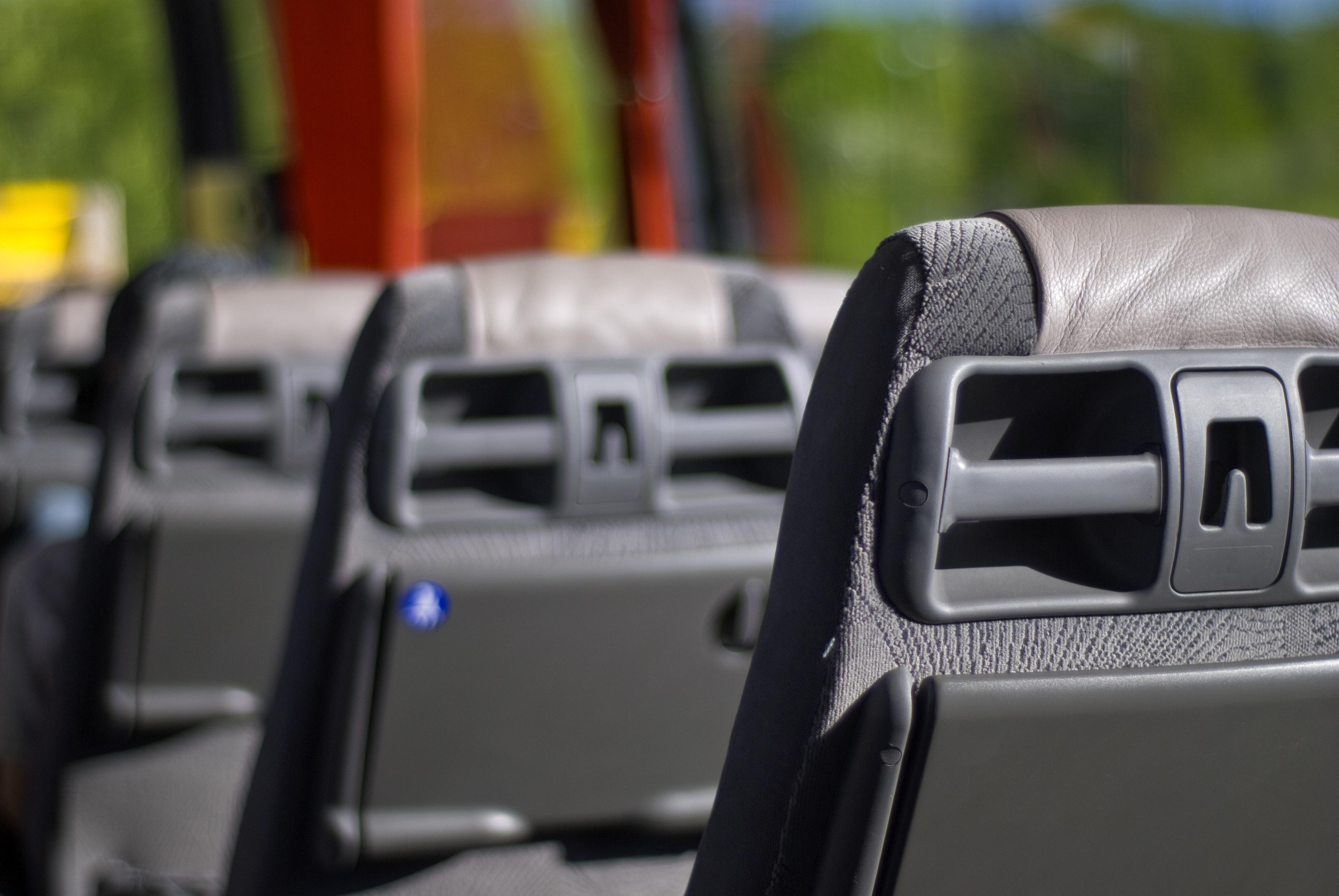 Cinco razones para contratar un servicio de transporte para trabajadores 2
