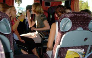 La excursión de fin de curso está a la vuelta de la esquina, ¿tienes medio de transporte?