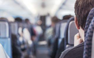 (Español) Asegúrate de llegar a tiempo al aeropuerto de Santiago de Compostela, viaja en los autobuses de Travidi